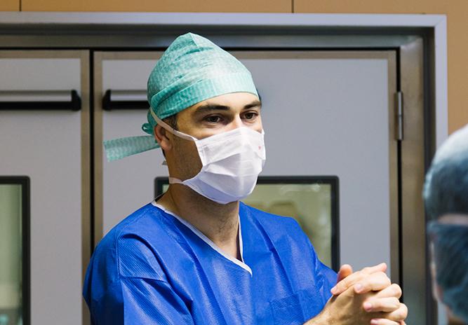 Docteur Vincent Dellière, chirurgien esthétique et plastique à Rennes